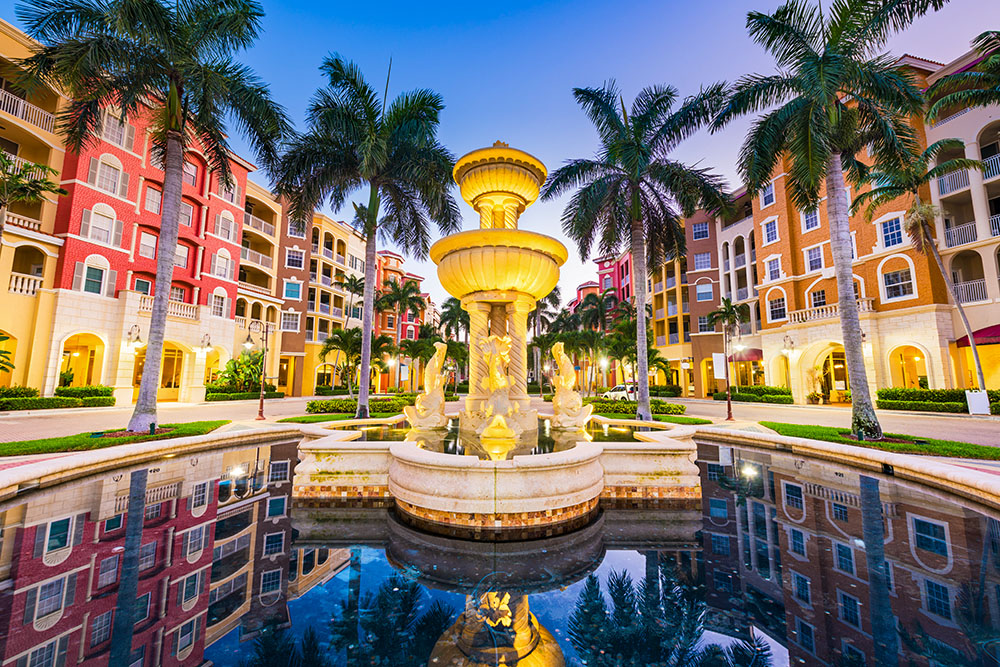 Naples Florida city plaza